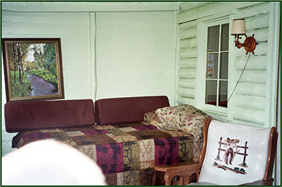 Cabin 2: Living Area